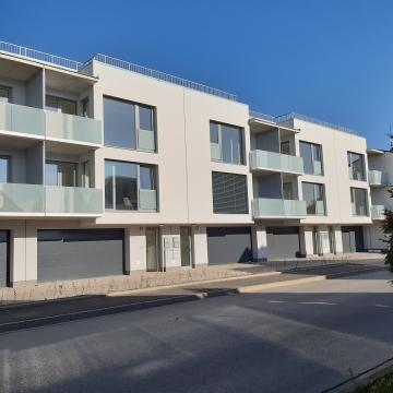 Rezidence Berounka - pohled z ulice Hostímská